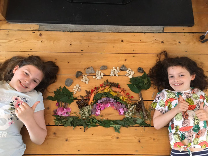 Eve & Zoe's 'Andy Goldsworthy' inspired creation