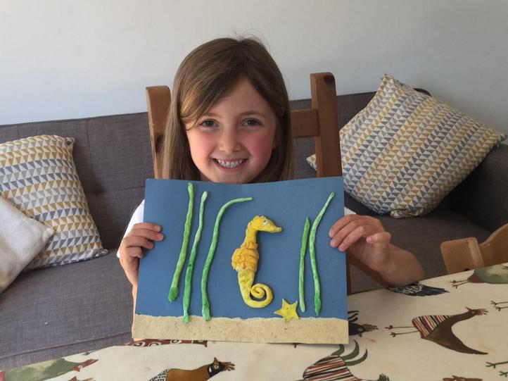 Lovely seahorse scene!