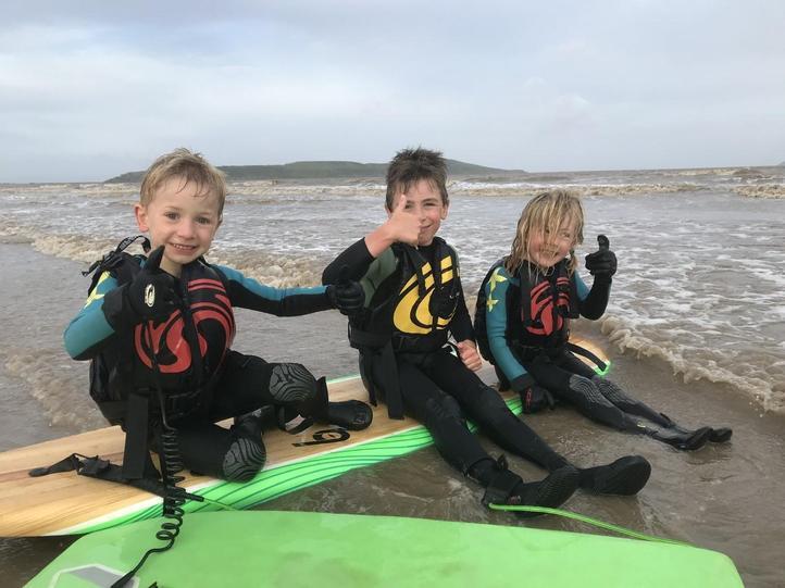 Surf's up dudes!