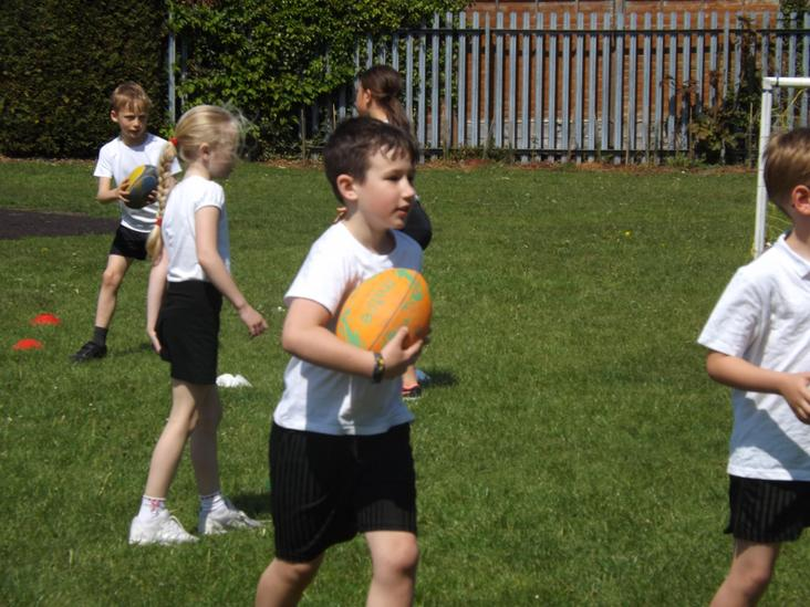 Year 3 Rugby with Tigers Trust