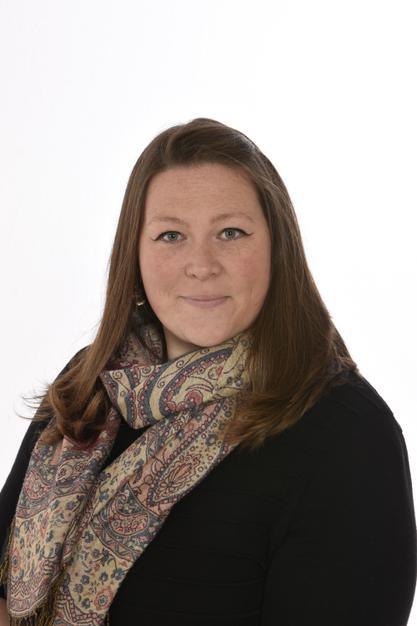 Lauren Walton (Cover Supervisor)