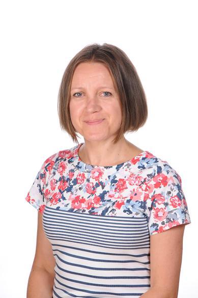 Ania Truszkowska (Teaching Assistant)