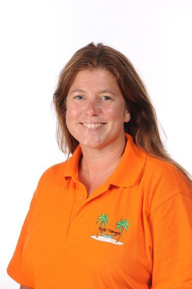 Emma Broomhead (Kids' Haven Assistant)