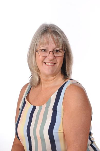Leigh Brophy (Administrative Officer & First Aid)