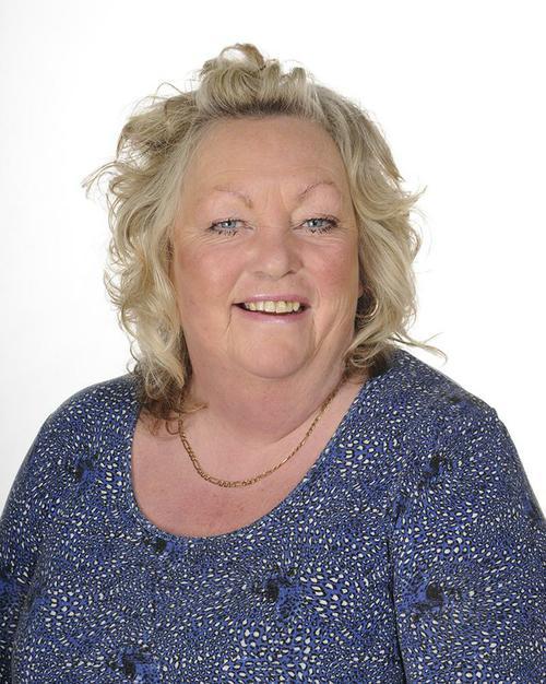Sharon Harding (Senior Lunchtime Supervisor)