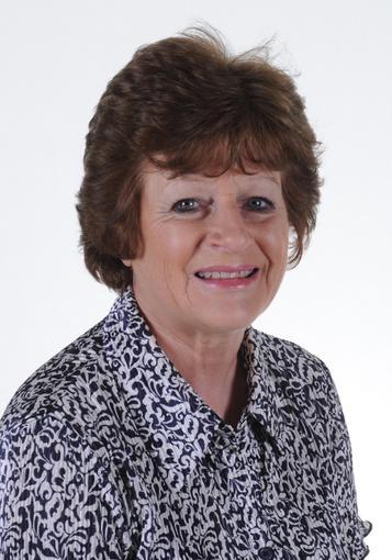 Mrs P Stonebanks - Reading Recovery Teacher