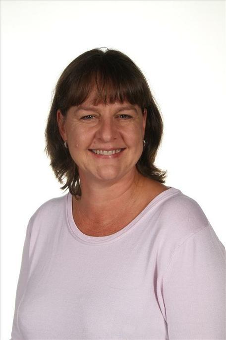 Mrs Nix - Admin Assistant