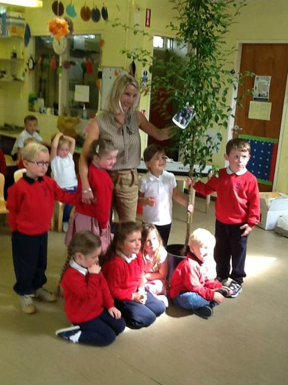 The children make a presention to  Mrs Todd