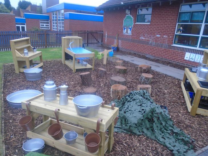 our messy mud kitchen!