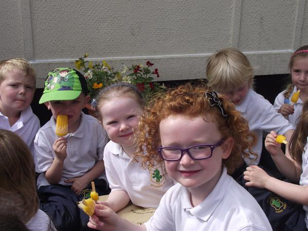 Year 1 enjoying lollies after Sports Skills Day