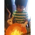 Cracking the eggs-Esa