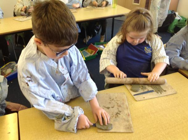 Making our clay hearts following the style of Andy Goldsworthy.