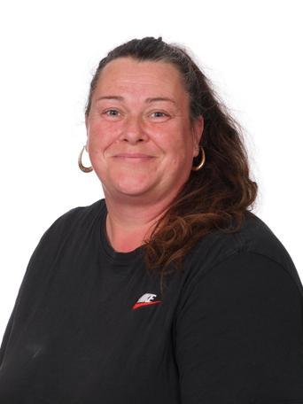 Sharon Taylor, Lunchbreak Supervisor