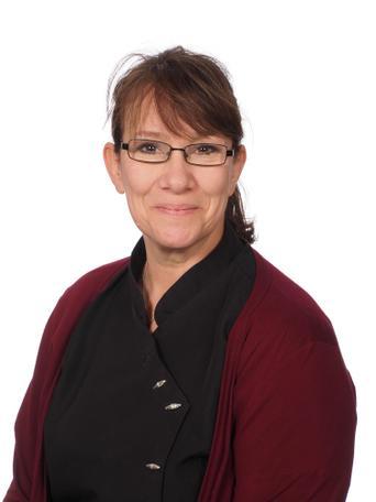 Gillian Dickinson, Lunchbreak Supervisor