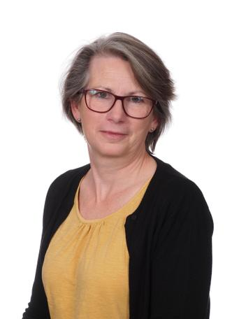 Su Sheppard, Teacher