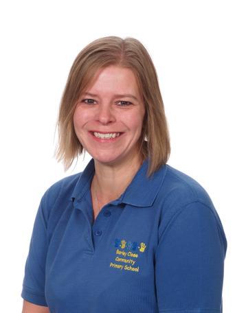 Kristine Lockwood, Reading assistant