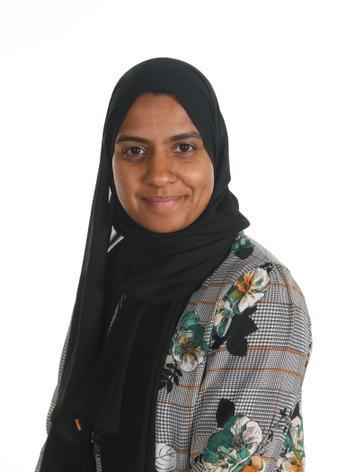 Zainab Gangat - Y5/6 Teacher