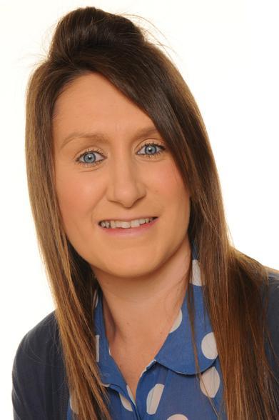Natasha Issot - Teaching Assistant