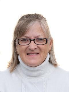 Mrs Julie Fraser