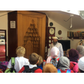 Children being taught about the Mihrab.