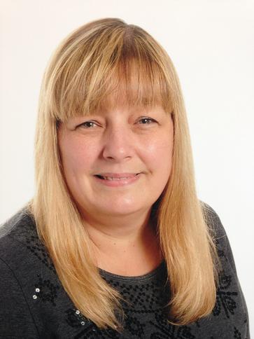 Mrs Karen Indge