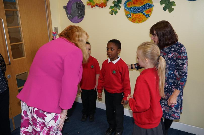 Mrs Claris introduces the children.