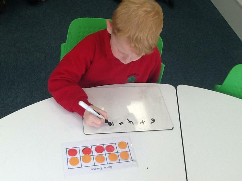 Jamie finding number bonds to 10