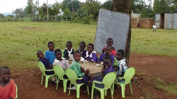 A typical teaching lesson outside