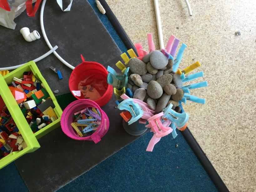Using Loose Parts play to fill different size tube