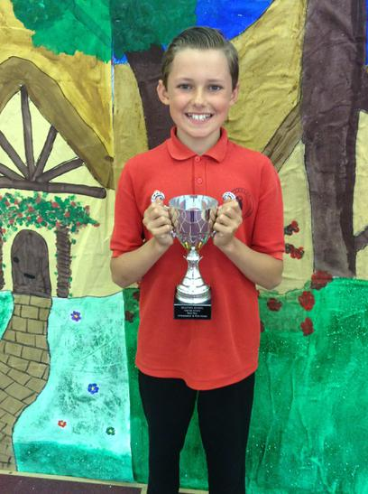 Boy Ambasador Trophy awarded to Alex