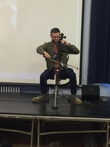 Assembly from a musician