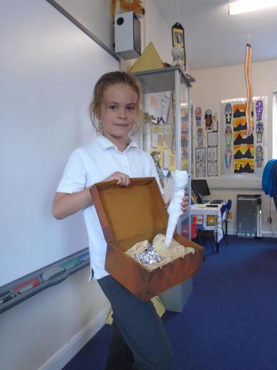 Surprise! What a fantastic mummy inside.