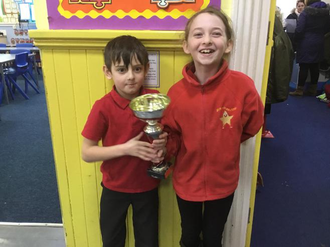 2D and 4J won the attendance cup with 100%.