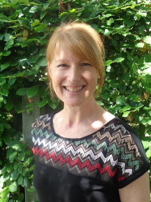 Mrs Singleton - Teaching Assistant/ Library