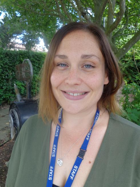Mrs Dooley - Y2 Teacher/ Art, DT & Music Lead