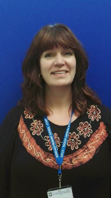 Mrs Campbell  - Y1 Teacher
