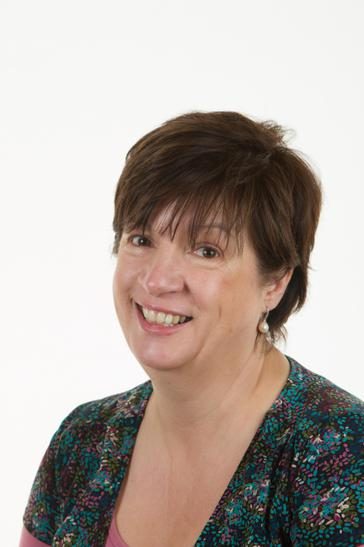 Mrs L Knight - Business Manager