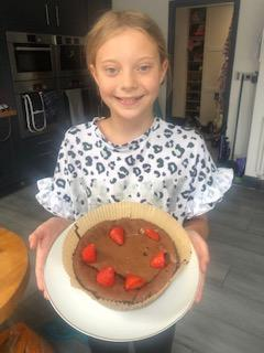 Izzy made a delicious cake!