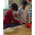 YEAR 4 PUTTING THE CRUMBLE ON TOP OF THE FRUIT