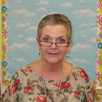 Mrs D Harding - School Secretary