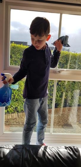 Leo being an absolute superstar and helping his family with the chores