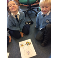 Can you spot the different ways we have made six?