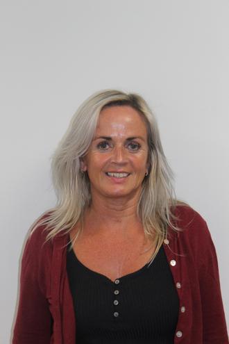 Mrs J Worthington - Lunchtime Supervisor/ All Stars Playworker