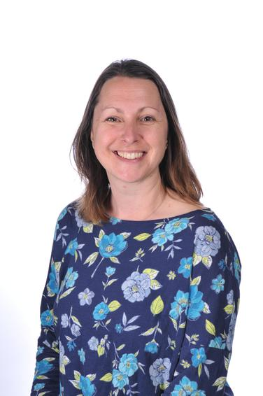 Mrs Lisa Jerrard - Midday Supervisor
