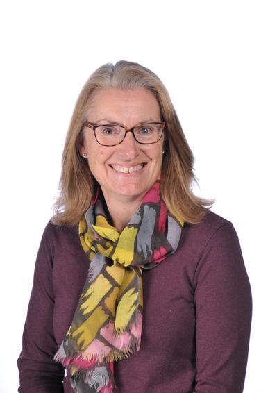 Mrs Sam Kennett - Teaching Assistant