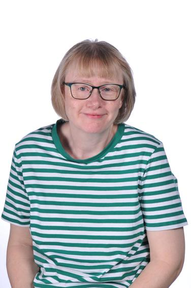 Mrs Lynne Collop - Midday Supervisor