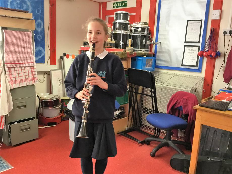 Yr 6 pupil achieved grade 3 clarinet at Christmas