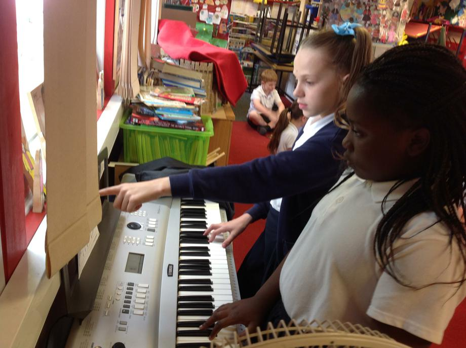 Year 6 co-operating to compose music