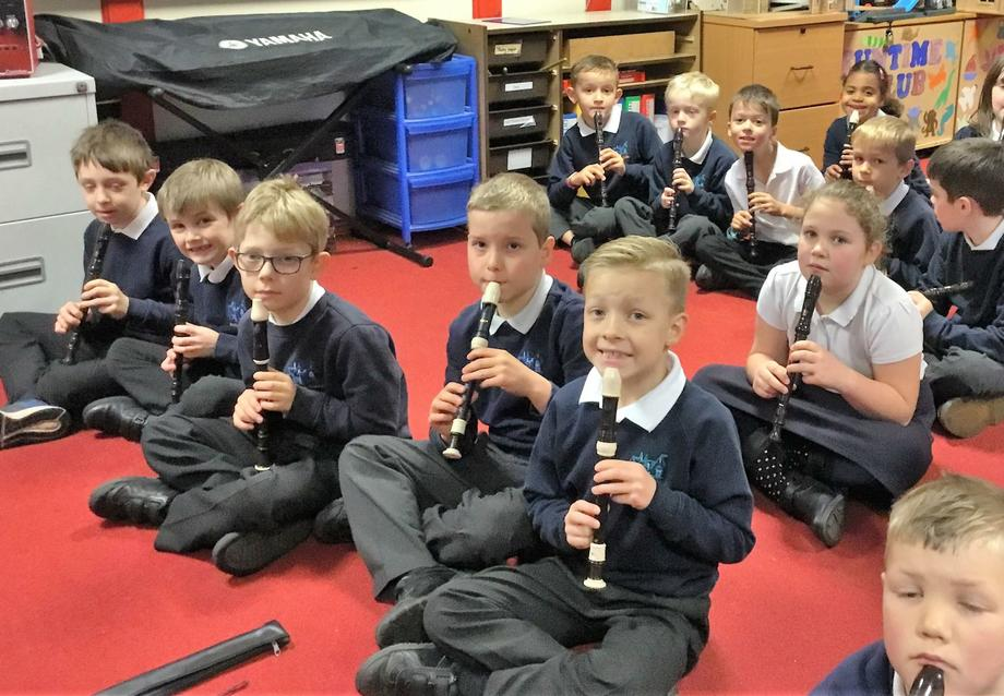 Whole class recorder lesson Autumn term Year 3