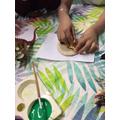 Making dinosaur fossils.